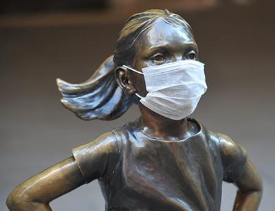 sculptures-wearing-masks